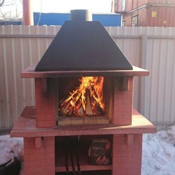 Стандартная печь барбекю - начало растопки